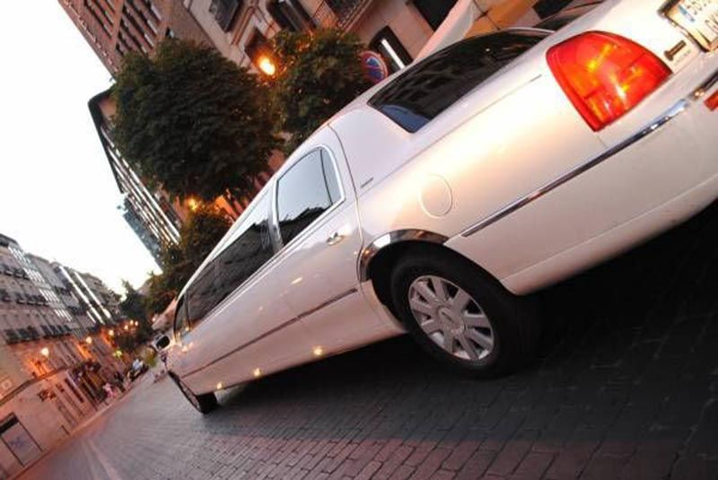 stretch limo hire madrid 2 - Stretch limo hire Madrid